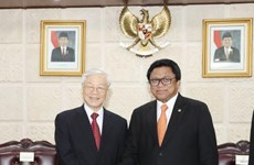 阮富仲总书记会见印尼地方代表理事会主席乌斯曼·沙普达