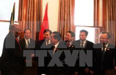 越南国会高级代表团圆满结束对南非进行工作访问