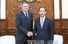 越南国家主席陈大光会见斯洛伐克驻越大使