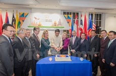 庆祝东盟成立50周年活动在美国和西班牙举行
