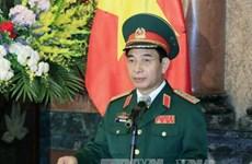 越南人民军总参谋长会见柬埔寨王家宪兵副司令