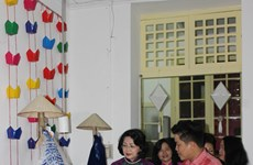 """2017年APEC会议:""""静宴: 妇女赋权与文化特色""""斋宴:为促进各民族友爱和面向未来的和平文化搭建桥梁"""