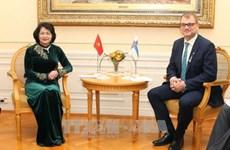 国家副主席邓氏玉盛访问芬兰 先后会见芬兰总理和议会议长