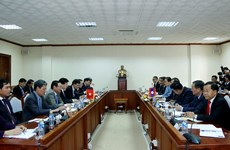 政府副总理郑廷勇访问老挝并出席老挝国会大厦项目动工仪式