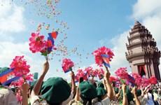 越南党和国家领导致电柬方领导庆祝柬埔寨国庆64周年