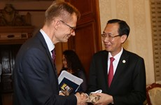 胡志明市与芬兰加强水资源管理和改革创新领域的合作