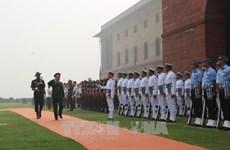 越南人民军高级代表团对印度进行访问