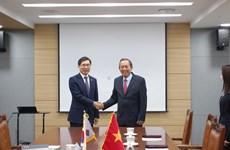 政府常务副总理访问韩国  深化两国司法合作
