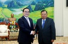 老挝领导会见河内市代表团