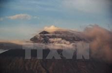 印尼阿贡火山喷发:20多名越南人被滞留