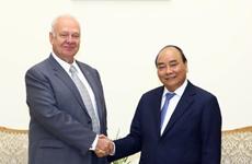越南政府总理阮春福会见俄罗斯驻越特命全权大使