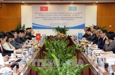 进一步加强越南与哈萨克斯坦的贸易关系