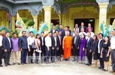 柬埔寨文化与宗教部走访越南朔庄省