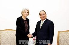政府总理阮春福会见前来辞行的丹麦驻越大使