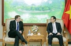 王廷惠副总理:越南政府为外国企业在越南经营与投资创造最便利条件