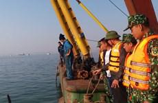 越南下龙湾驳船与游船相撞船上31名中国游客获救