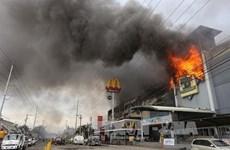 菲律宾达沃一商场发生火灾造成37人死亡