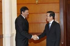 越共中央宣教部部长武文赏会见古巴共产党代表团