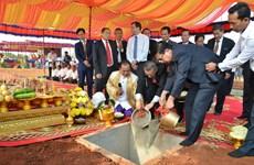 越南与柬埔寨动工兴建示范边境集市