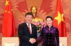 国会主席阮氏金银会见中国全国人大常委会副委员长陈竺