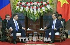越南国家主席陈大光会见蒙古国家大呼拉尔主席米耶贡布·恩赫包勒德