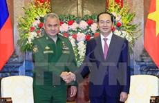 越南国家主席陈大光会见俄罗斯联邦国防部部长谢尔盖