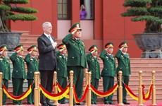 越南国防部长吴春历与美国国防部长马蒂斯举行会谈