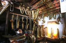 越南南定省海后县的西洋管乐器生产业