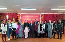 越南驻阿尔及利亚大使馆愿充当越侨与国内的桥梁