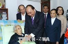 阮春福总理向得乐省少数民族同胞拜年