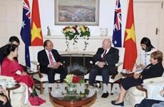 越南政府总理阮春福会见澳大利亚总督科斯格罗夫