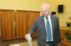 18日 在越南俄罗斯公民陆续参加总统选举投票