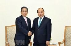 越南政府总理阮春福会见日本首相顾问饭岛勋