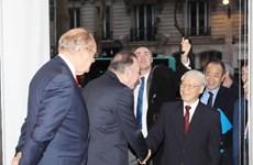 越共中央总书记阮富仲希望越法两国企业充分发挥双方的合作潜力