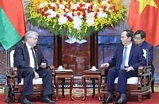 越南国家主席陈大光会见白俄罗斯副总理弗拉基米尔·谢马什科