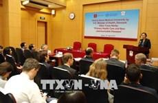 越南与丹麦举行关于预防非传染性疾病的座谈会