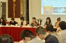 中国驻越大使馆代表与越南媒体记者会面
