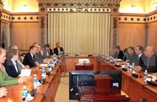 胡志明市与德国莱茵兰-普法尔茨州加强合作