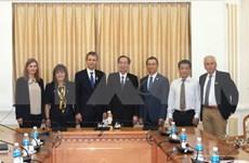 胡志明市与希腊埃泽萨市加大合作力度