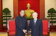 越共中央总书记阮富仲会见斯里兰卡议会议长卡鲁·贾亚苏里亚