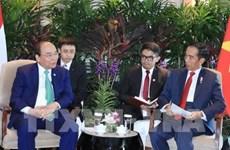 阮春福同印尼和缅甸两国总统举行双边会晤
