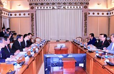 胡志明市与日本堺市加强人力资源领域合作