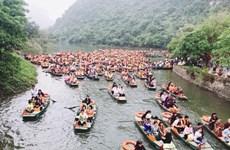 4•30越南南方解放日和5•1国际劳动节假期:越南各地旅游景点接待游客量猛增