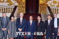 越南政府总理阮春福:鼓励越南企业加强与比利时法兰德斯大区的合作