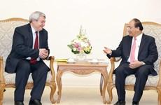 越南政府总理阮春福会见捷克众议院副议长沃伊捷赫 • 菲利普