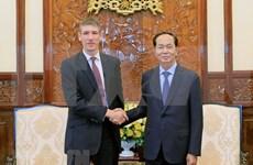 国家主席陈大光:越南重视加强越英战略伙伴关系