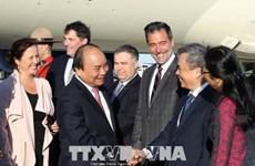 阮春福总理抵达机场  开始访加并出席G7峰会扩大会议之旅
