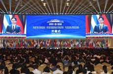政府副总理武德儋出席第五届南博会和第25届昆交会开幕式