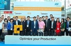 河内市代表团参加2018年德国慕尼黑机器人及自动化技术贸易博览会