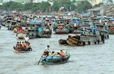 """""""盖朗水上市场文化""""旅游节:芹苴市旅游的亮点"""